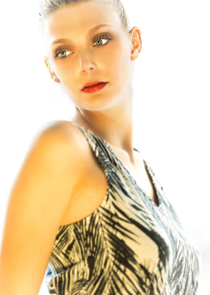Actor: Lahra P, Location: Studio, Offenburg Germany, Title: Sedcard 11